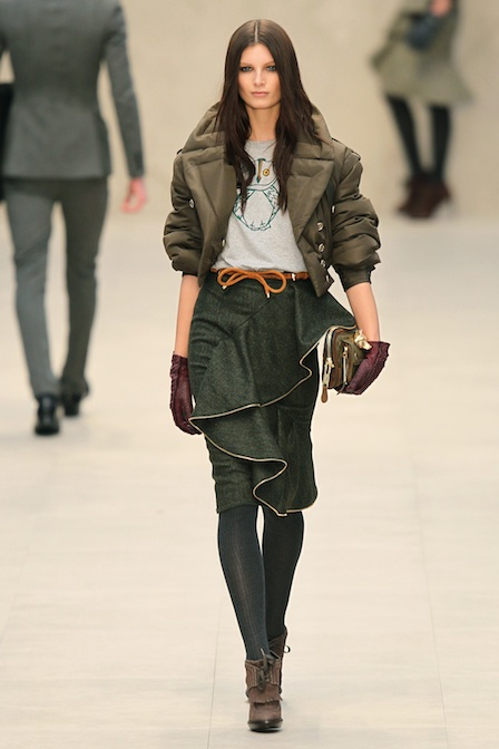 0223-burberry-fall-2012-puffer-jacket_fa.jpg