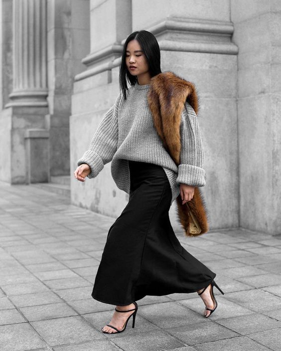 street style, maxi skirt, cozy sweater, fur stole, strappy heels, fong min liao