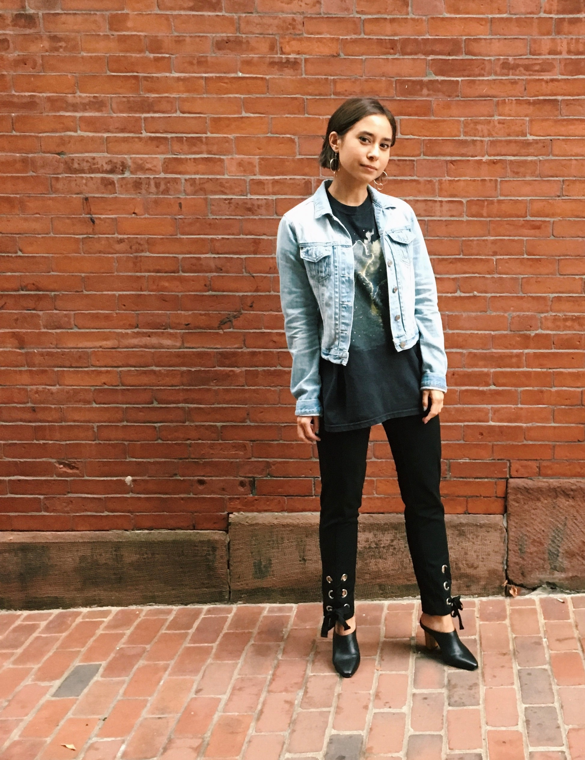 When fall fashion strikes: Vintage graphic Ts and lace-up pants